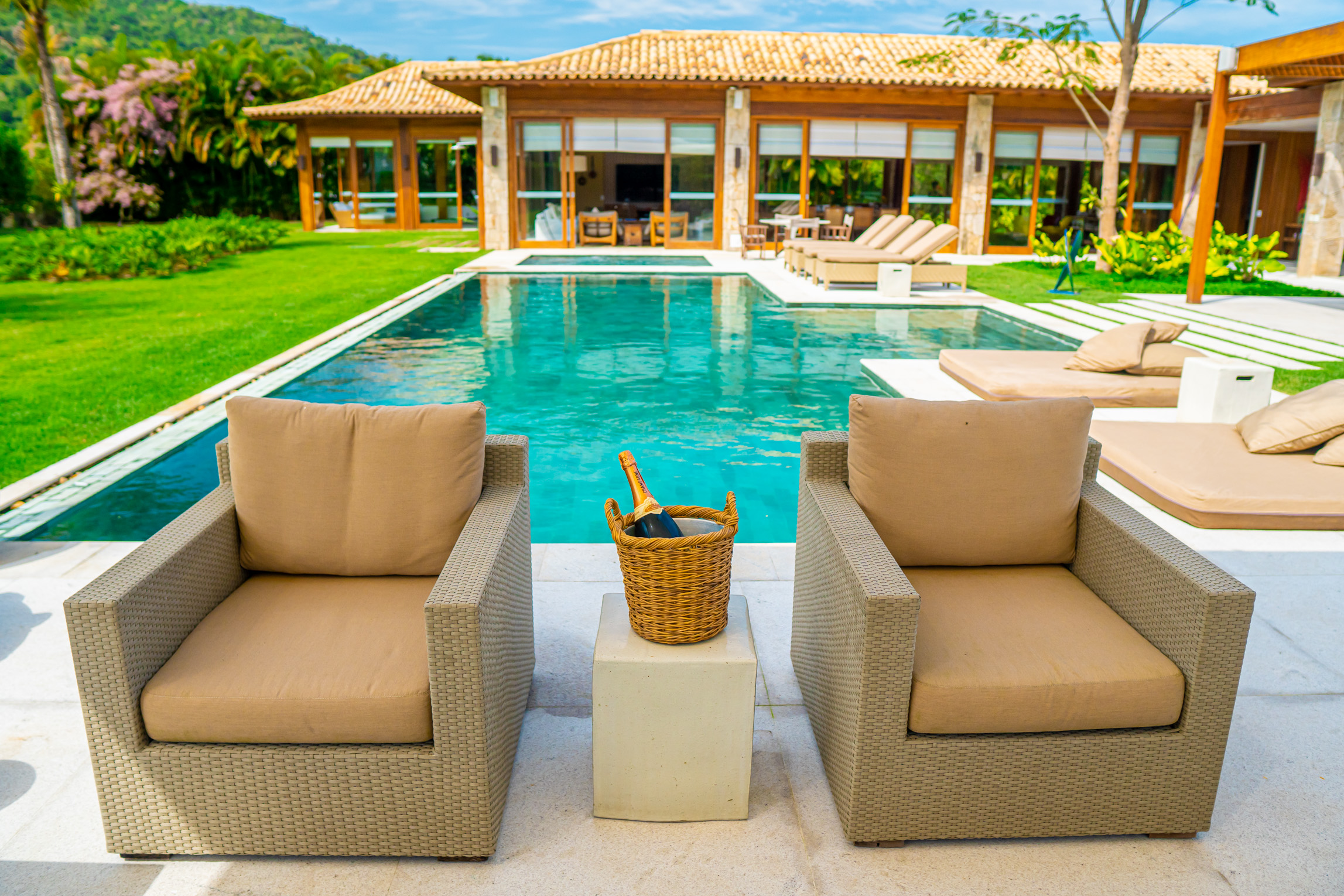 Aluguel casa de luxoAngra dos Reis Villa 24